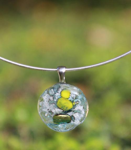 pendentif rond en verre transparent et doré